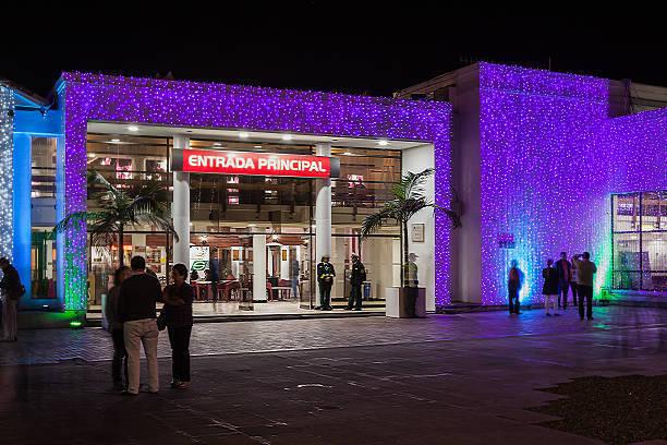 Beneficios de una buena iluminación LED en locales comerciales