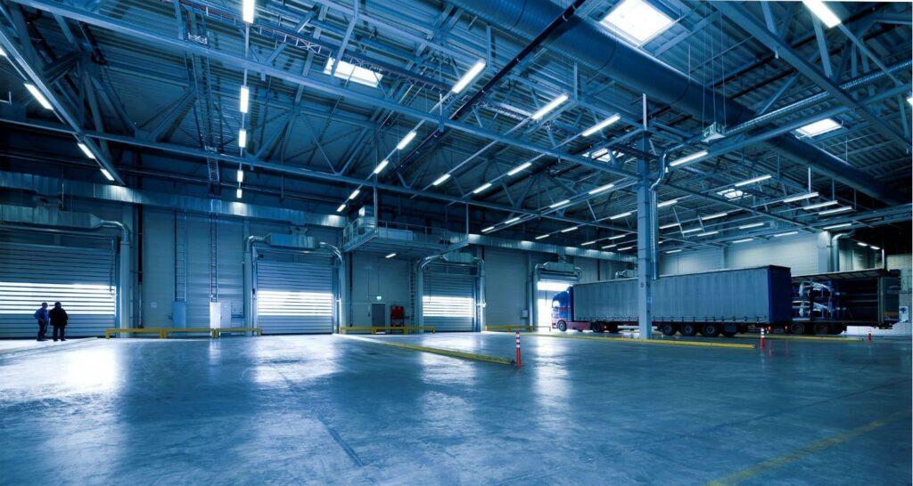 Beneficios de la Iluminación led comercial e industrial 1