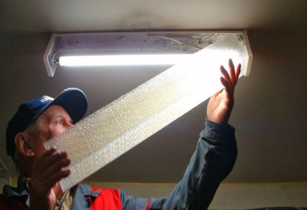 Luces led para el sótano y entretechos 1